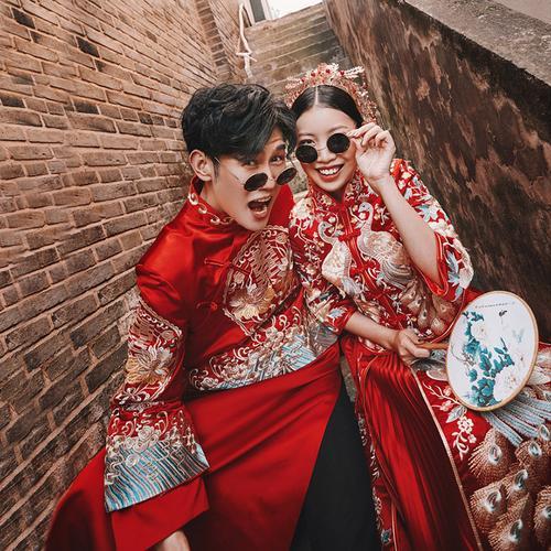 中式新郎接亲敬酒礼服夏季新款新娘出阁服结婚秀禾服婚纱照情侣装