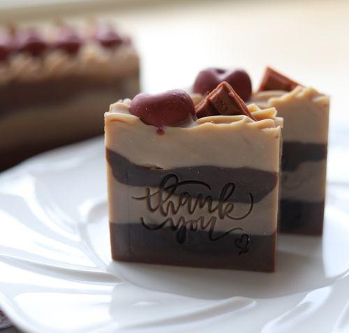 巧克力樱桃手工皂造型皂创意可爱礼物蛋糕浓情甜品可爱送同学可可