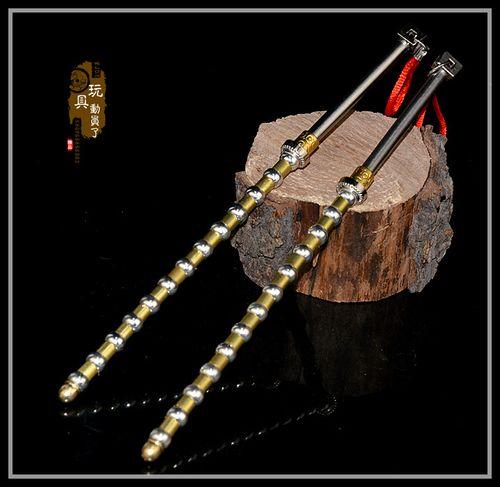 1:6古代冷兵器武器模型十三节太师鞭双鞭珠链鞭双锏兵