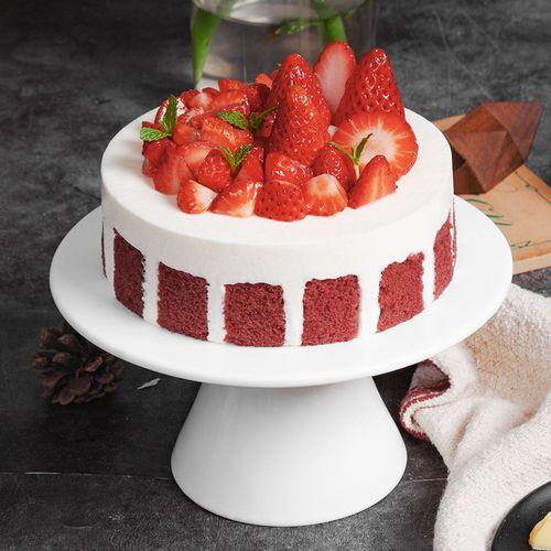 吃到爽的酸奶芝士慕斯】 优质草莓和法国总统奶油,赤焰莓莓丝绒蛋糕