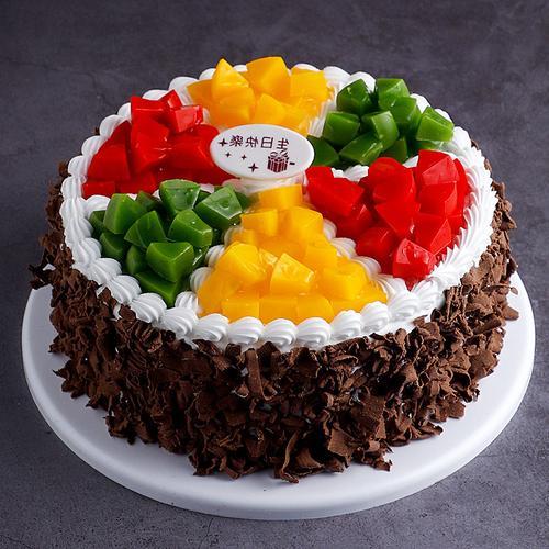 热卖的黑色巧克力碎水果蛋糕模型仿真2021新款 生日假