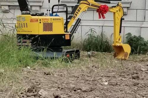 0/台 深翻机 小型挖掘机视频 小型挖掘机
