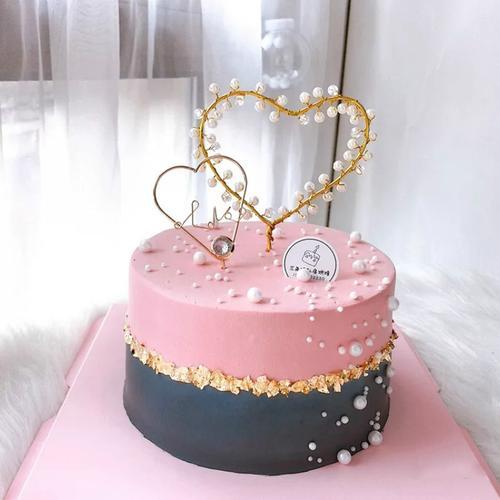 网红ins简约风表白百塔珍珠爱心女士心形婚礼生日蛋糕