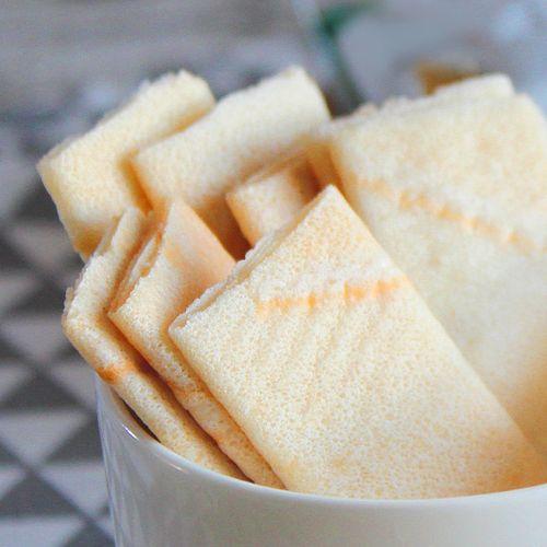 海南特产薄脆散装椰香薄饼零食椰子干脆饼干小包装早餐