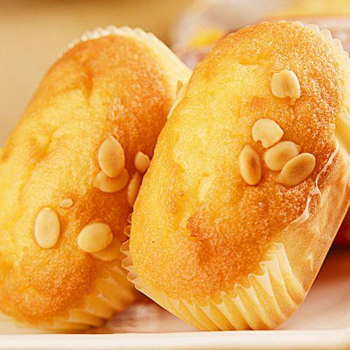 年年旺欧式麦堡蒸蛋糕早餐手撕面包点心休闲零食小吃