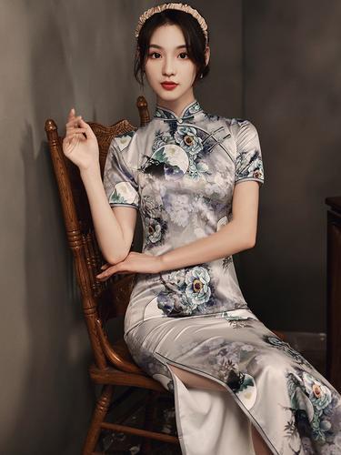 旗袍中国风2020年新款气质长款印花短袖侧八扣显瘦